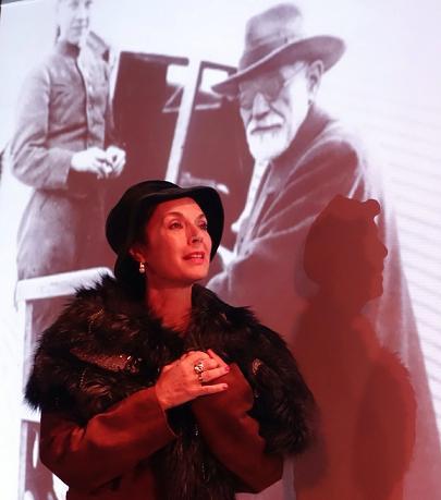 Hilda y Freud1