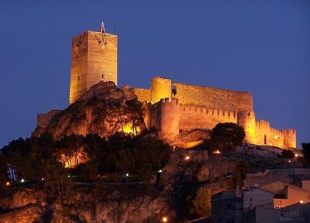 Castillo de Santa Bárbara en Alicante - Sobre Libros y Cultura